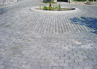 cobblestone, Residential, Stone steps, Custom Stone fabrication, Gleason Ineson Stone Suppliers, G.I. Stone, GI Stone, New Hampshire stone, Massachusetts stone, Maine stone, Connecticut stone, Rhode Island stone, Vermont stone, New Hampshire granite, Massachusetts granite, Maine granite, Connecticut granite, Rhode Island granite, Vermont granite, Granite, Custom granite, Granite step, Stone, Stone patios, Stone driveway, Stone walkway, Natural stone, Concrete pavers, Building stone, Stone veneer, Wall stone, Veneer, Thin stone veneer, Retaining walls, Blue stone, Clay brick , Granite benches, Granite mantel, Granite post, Granite mailbox, Granite light post, Cobble stone, Cobbles, Granite edging, Granite hearths, Granite treads, Bluestone treads, Granite pavers, Pavers, River rock, Veneer, Natural stone flagging, New England field stone, Field stone, Round field stone, Granite pool coping, Bluestone pool coping, Outdoor stone fireplace, Stone fire pit, Indoor stone fireplace, Stone hearth, Granite hearth, Igneous rock, Concrete sand, Stone dust, ¾ crushed stone, 1 ½ crushed stone, Screened loam, Bark mulch Merrimack NH, Bark mulch Nashua NH, Bark mulch Bedford NH, Bark mulch NH, drafting services, Custom Stone fabrication,