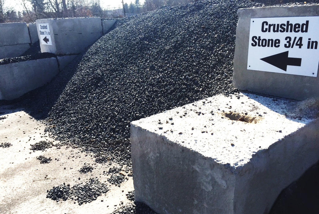 Crushed Blue Stone : Landscape materials crushed stone
